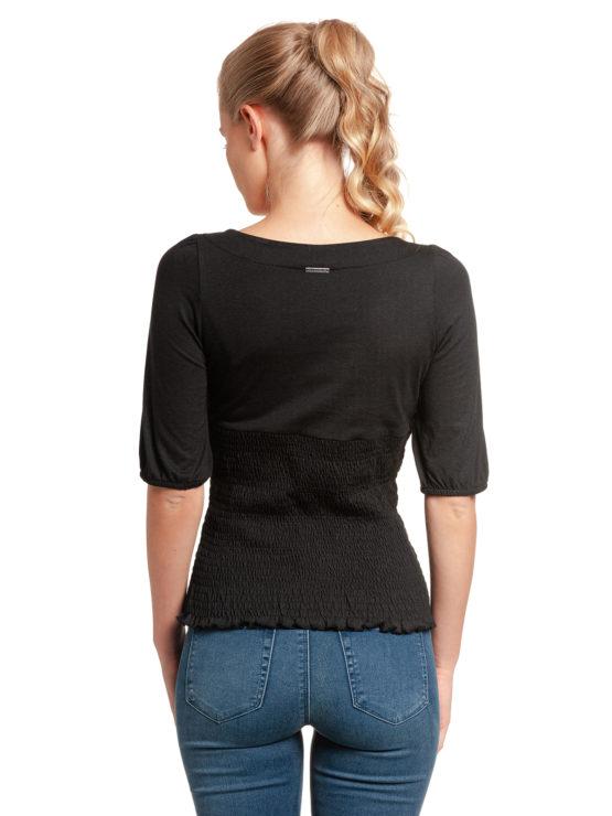 Junge Frau trägt schwarzes Top aus Modal von VIVE MARIA (FIESTA) mit halblangen Puffärmeln, kleiner Knopfleiste und gesmoktem dehnbarem Stoff. / Rückenansicht / pussyGALORE / Leipzig