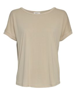Locker geschnittenes T-Shirt aus Modal von MSCH (FENYA MODAL TEE) mit abgestepptem Saum und Ziernaht am Rücken. / Oatmeal, Schwarz, Grape Leave, Brick Dust / pussyGALORE / Leipzig