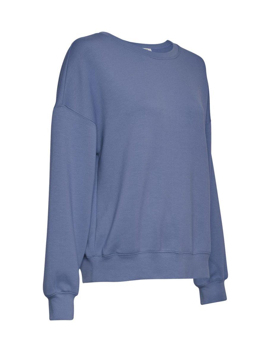 Gerade geschnittenes Sweatshirt von MSCH (IMA) mit Rundhals-Ausschnitt, gerippten Bündchen und überschnittenen Ärmeln aus weicher Viskose-Mischung. / Gray Blue / Seitenansicht / pussyGALORE / Leipzig